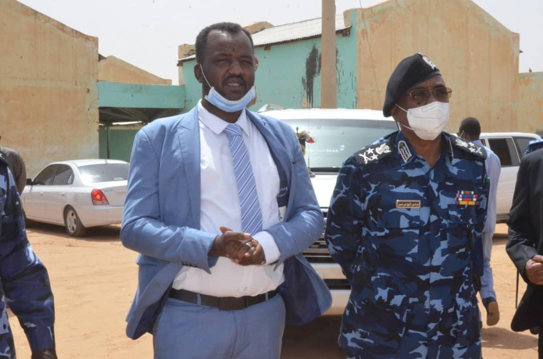 INTERIOR MINSTER AFFIRMS GOVERNMENT'S KEENNESS TO PROTECT CIVILANS IN DARFUR